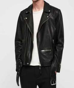 oliver-queen-leather-jacket