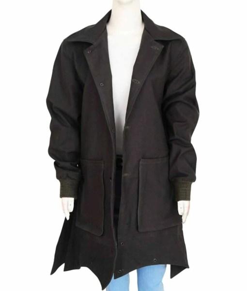 wanda-maximoff-avengers-coat