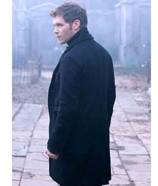 niklaus-mikaelson-trench-coat