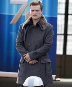 the-hunger-games-catching-fire-peeta-mellark-coat