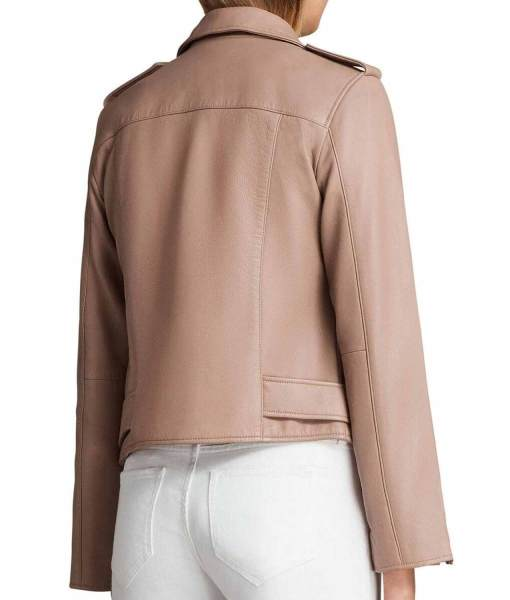 willa-holland-arrow-thea-queen-pink-leather-jacket