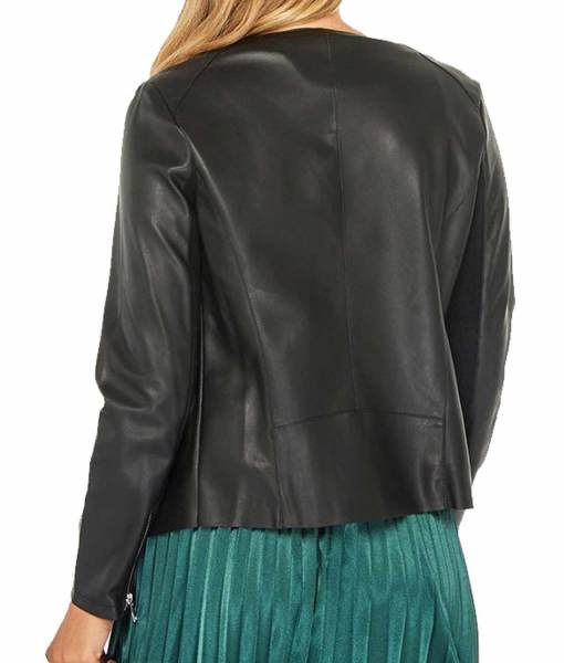 danielle-panabaker-the-flash-season-5-caitlin-snow-leather-jacket