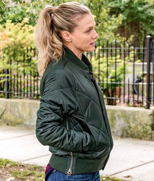 tracy-spiridakos-chicago-pd-green-jacket