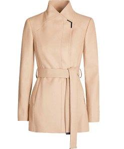 kara-danvers-coat