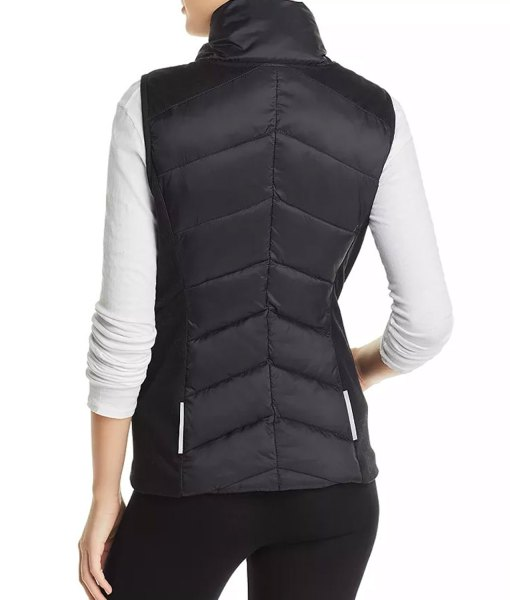 claire-dunphy-modern-family-vest