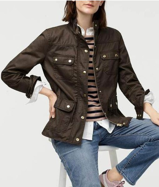 good-girls-beth-boland-brown-jacket