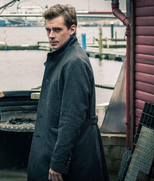lauri-tilkanen-deadwind-coat