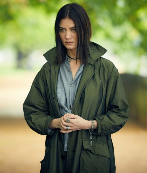 malin-buska-a-discovery-of-witches-satu-coat