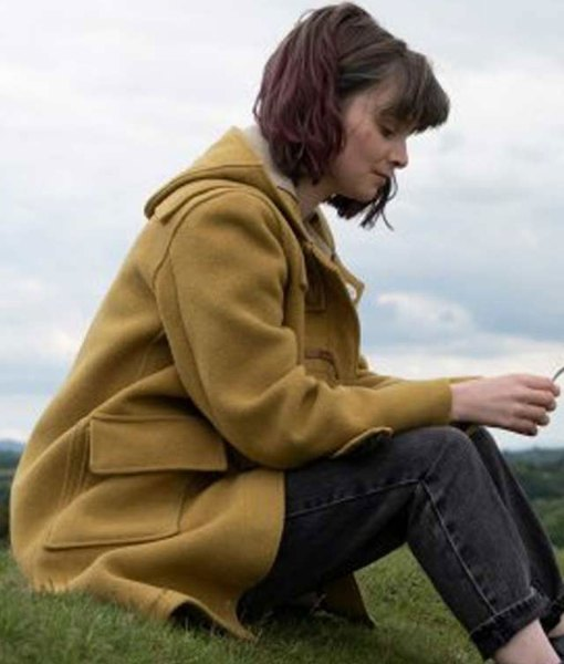 dating-amber-lola-petticrew-coat