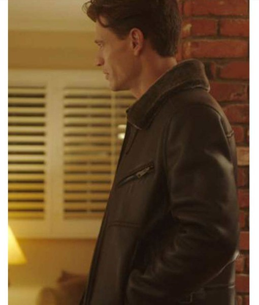 very-charming-christmas-town-sawyer-larsen-jacket