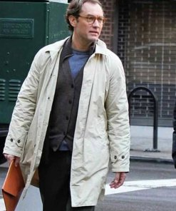 a-rainy-day-in-new-york-jude-law-coat