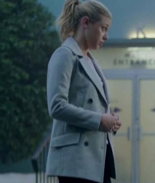 riverdale-s02-lili-reinhart-coat