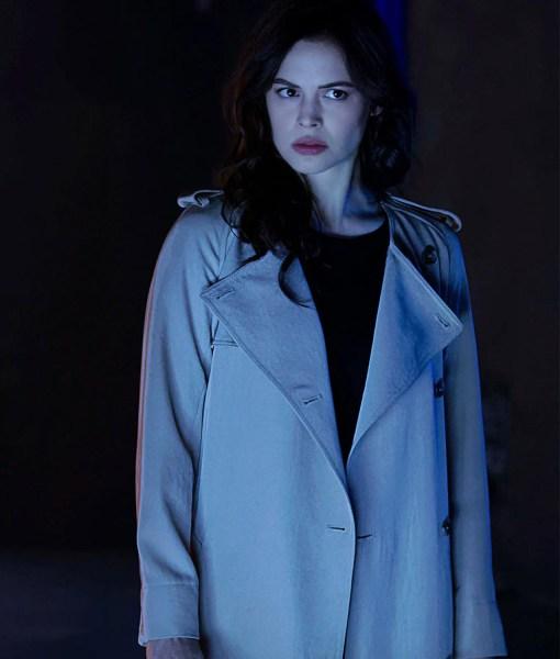 titans-donna-troy-coat