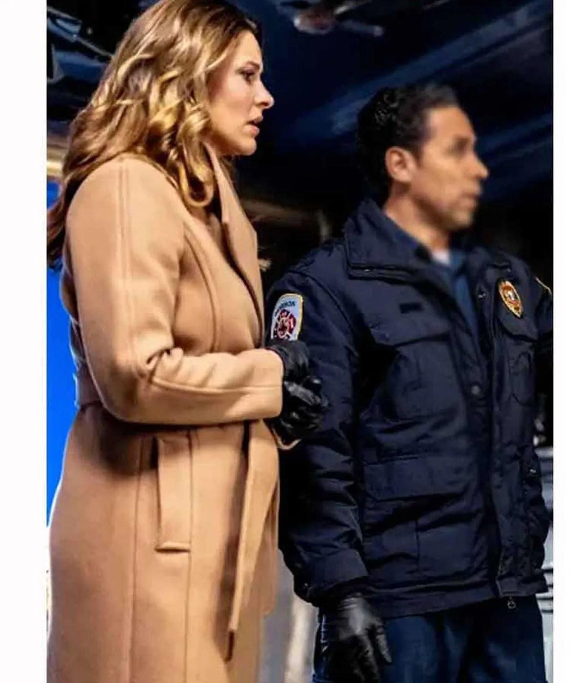 mystery-101-jill-wagner-coat