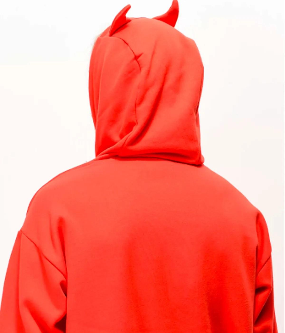 salem7-goodie-horn-red-hoodie