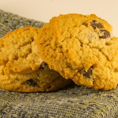 Paleo-Friendly Chocolate Chip Cookies for Valentine's Day