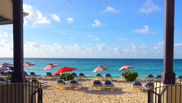 Infinity on the Beach hotel, Dover Beach, Barbados. Read my honest review of Infinity on the Beach. | Jackie Jets off | Part time travel blog
