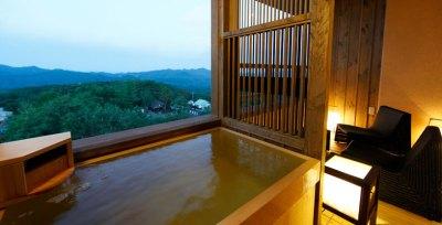 湯宿 季の庭露天風呂