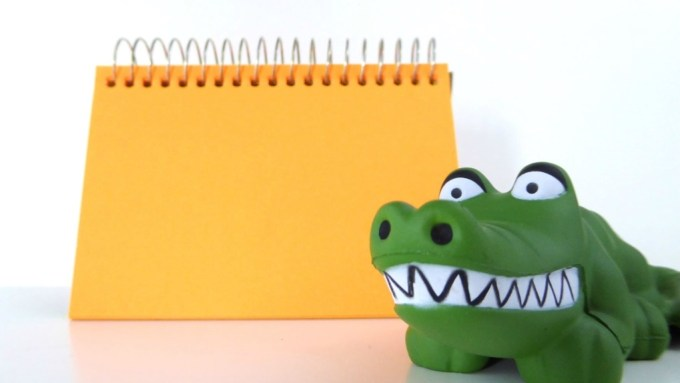 Using Toys in E-Learning: Employee Meeting