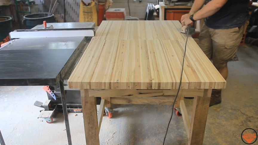 Pallet Wood Workbenches - Jackman Works