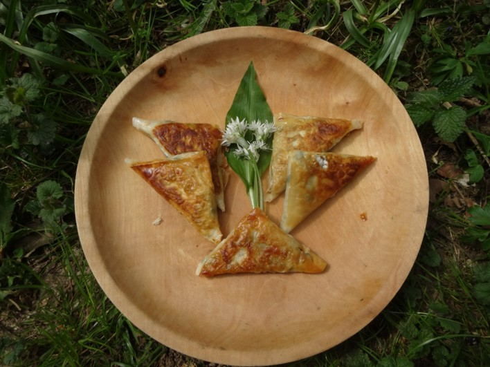 Ramson and Chickpea Samosas | foraging | Kent | south east | London
