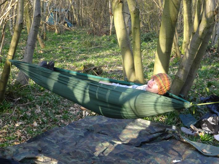 How to put up a hammock | bushcraft | south east