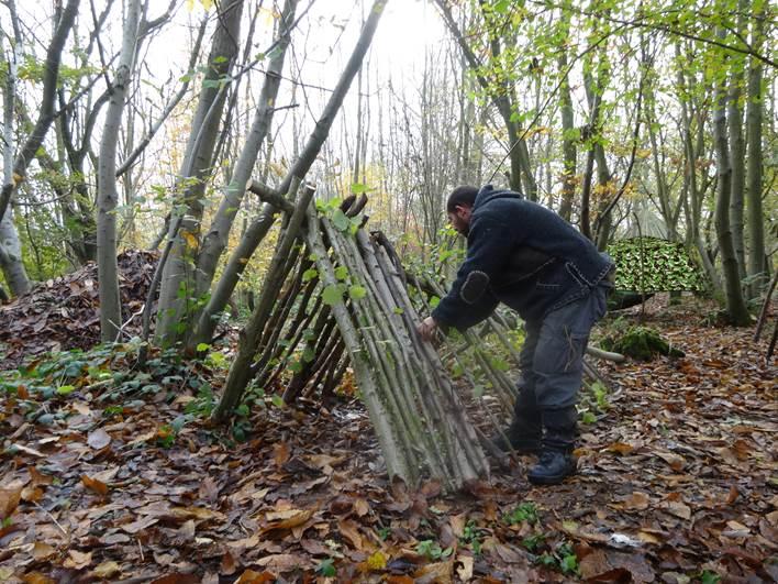 Building a 1 person debris shelter