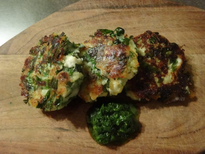 Chickweed & feta fritters