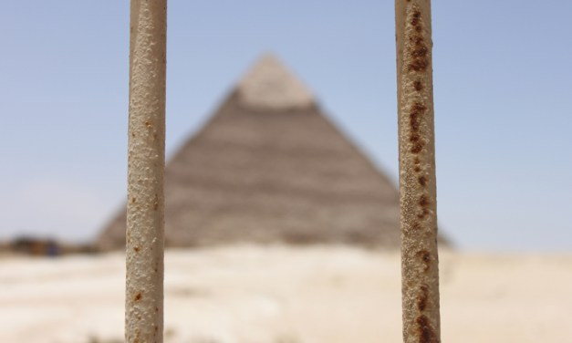 "Egypt's ""Wise Men"" – as a ""drunken man staggers in his vomit"""