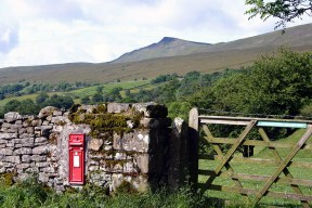 Ribblesdale postbox3