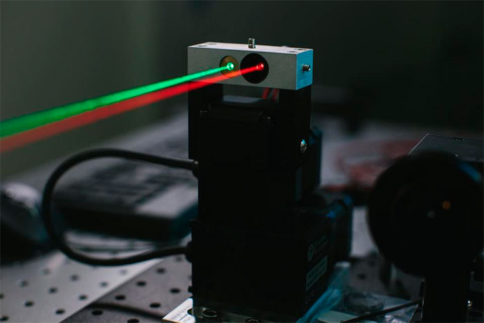 Mark Zuckerberg - Laser para Internet - Foto