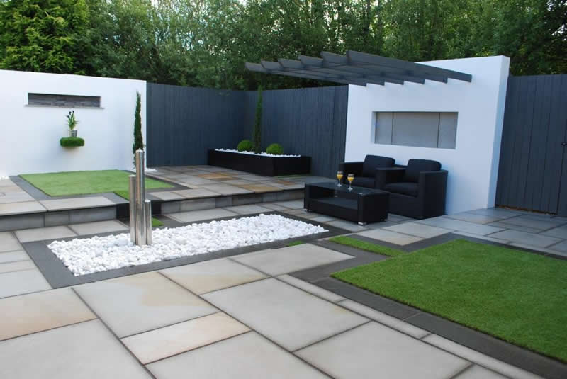 Artificial Grass Pros and Cons: Your Questions Answered on Backyard Landscape Designers Near Me  id=77316