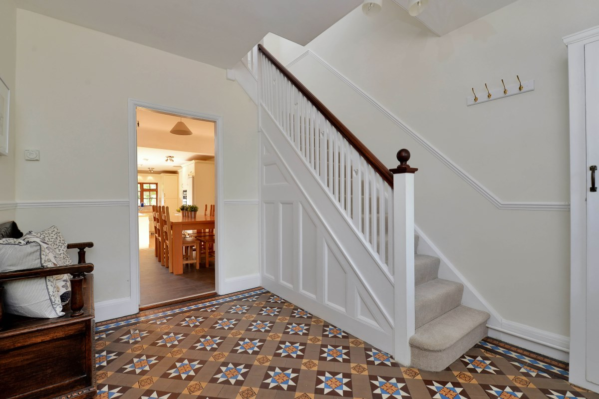 14+ Staircase Decor Ideas Uk PNG
