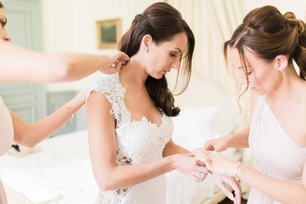 Brides Getting Ready at Chateau la Durantie in France