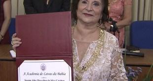 Suzana Alice Marcelino da Silva Cardoso tomou posse da Academia de Letras da Bahia (Foto: Reprodução/TV Bahia)