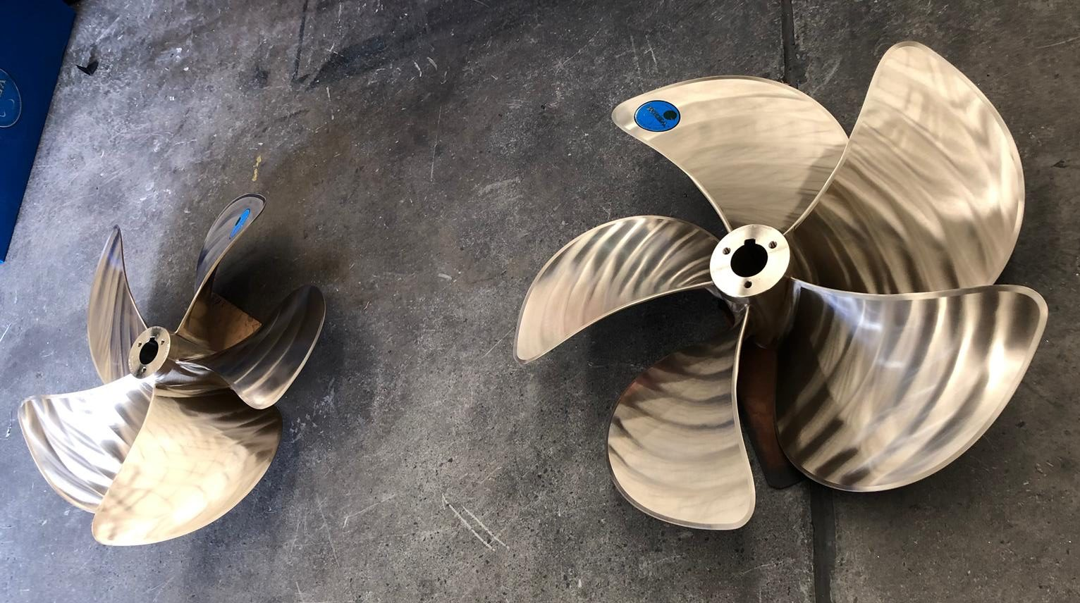 2 Marine Propellers destined to be a Boardroom table base