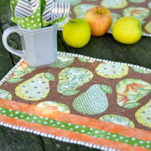 Quilted Place mat and napkin tutorial- Jacquelynne Steves