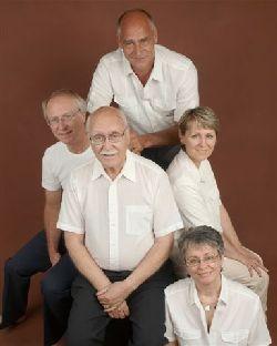 Les quatre enfants et notre père.