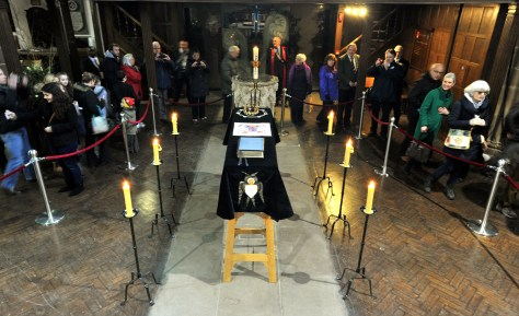 Richard III - Leicester Cathedral, March 2015 - GV of the coffin as people who have queued for hours file by taking pictures Copyright - Leicester Cathedral PICTURE WILL JOHNSTON