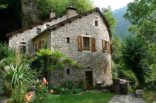 Stone House, Saint-Chely du Tarn, France