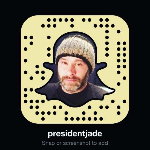 Jade Sambrook's Snapchat snapcode gold