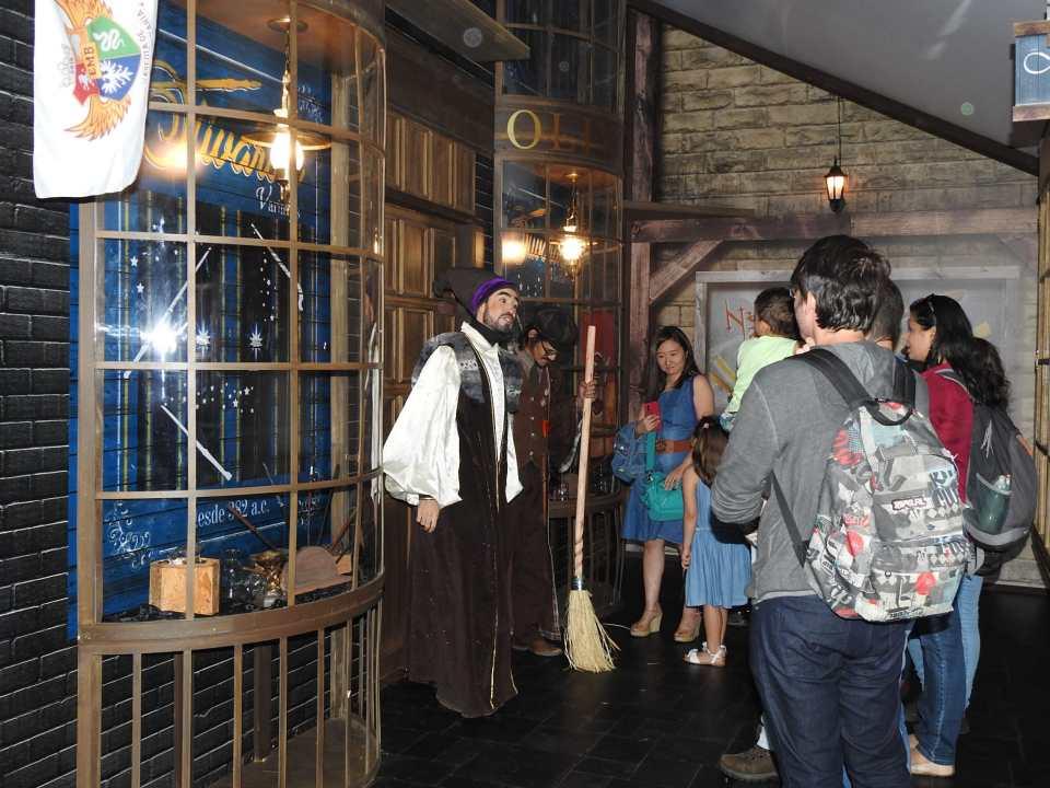 Casa dos Bruxos: Vivencie o mundo de Harry Potter no Shopping Eldorado