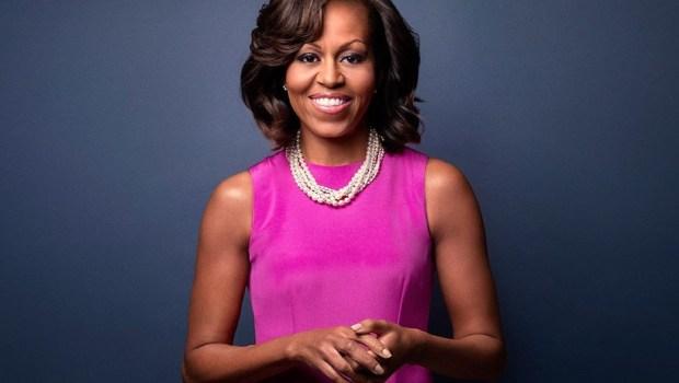 Michelle Obama anuncia que irá lançar livro de memórias