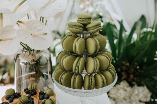 casamento-civil-jade-seba-e-bruno-guedes-miniwedding-verde-e-branco-foto-dois-ramos6