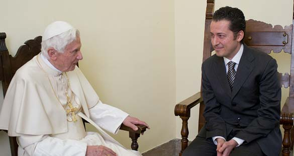 Benedicto XVI perdona a Paolo Gabriele