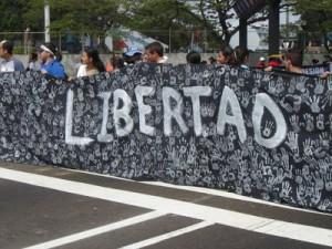 Los padres y alumnos piden libertad