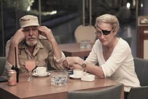 Marie Colvin entrevista a general libio