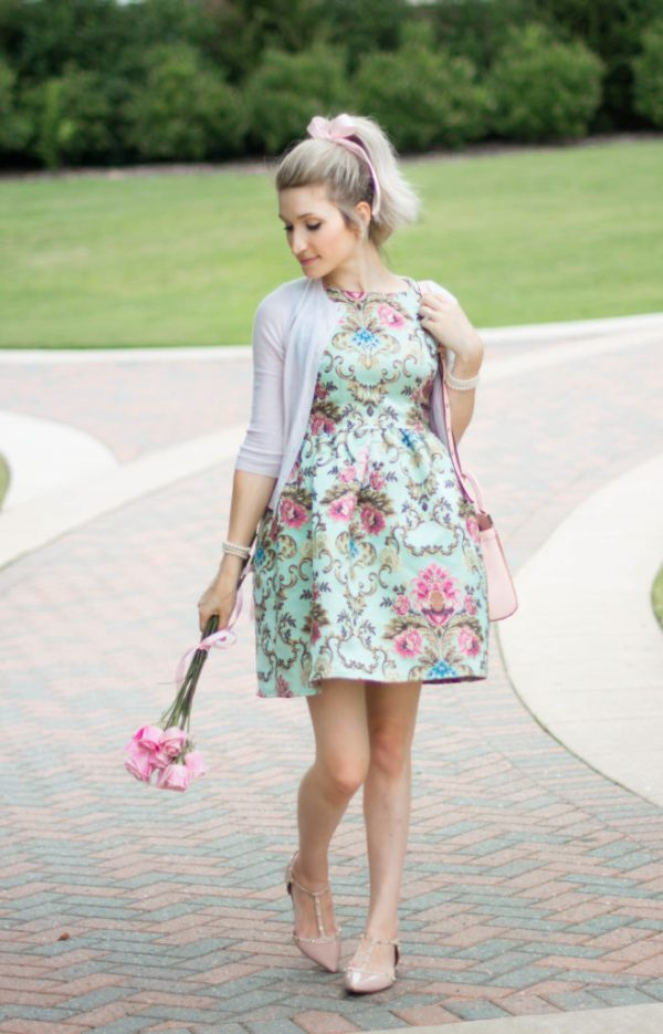 The Best Floral Feminine Dress