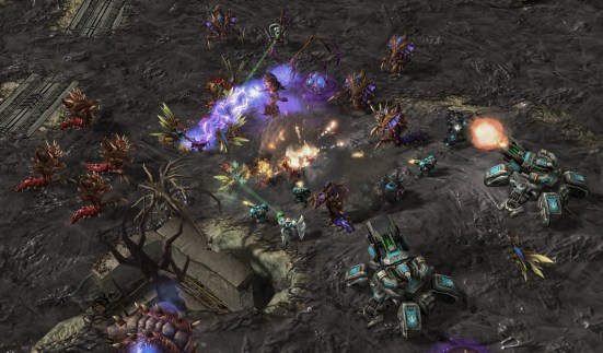 SC2_gamescom_Allied_Commanders_Co-op_04_png_jpgcopy