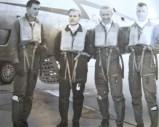 Flygere fra 331 skvadron på Sola i forbindelse med en skyteøvelse i 1957. Mike Boxill står lengst til venstre. Foto via Mike Boxill.
